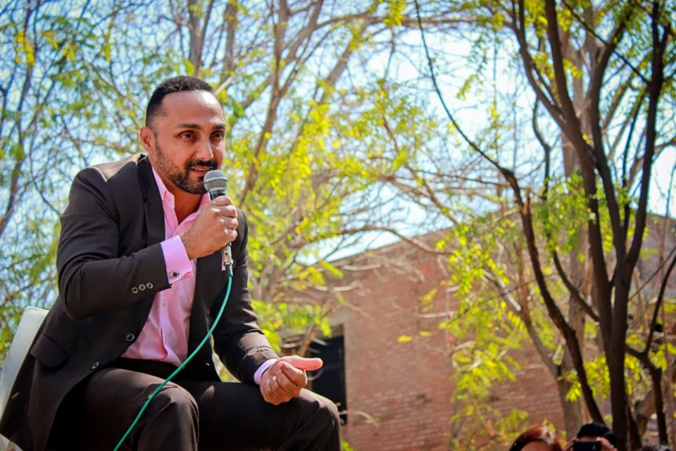 """Starve, but hold on to your ideals!""""—Rahul Bose 